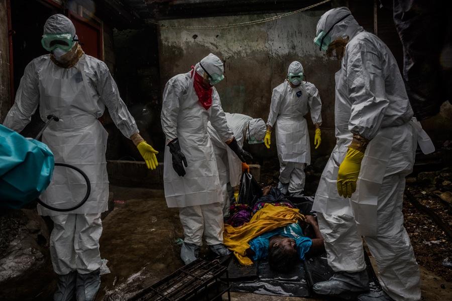 Premios Pulitzer 2015: entre el ébola y el racismo